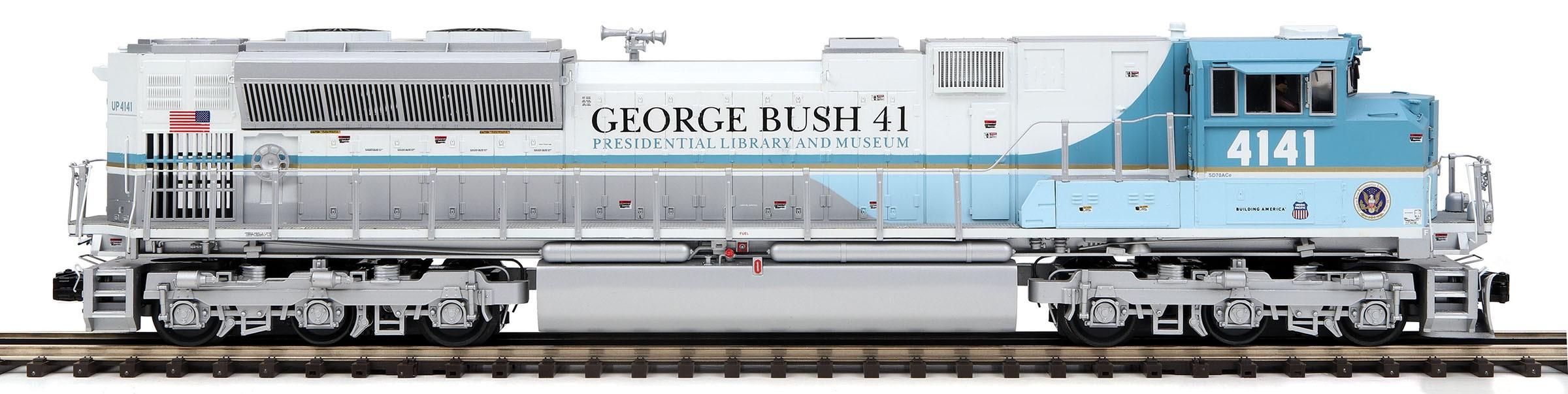20-21155-1  UP SD70ACE #4141 (George Bush)